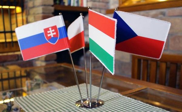 Közös fellépés a Visegrádi négyek jogai érdekében - Magyarország mindent megtesz