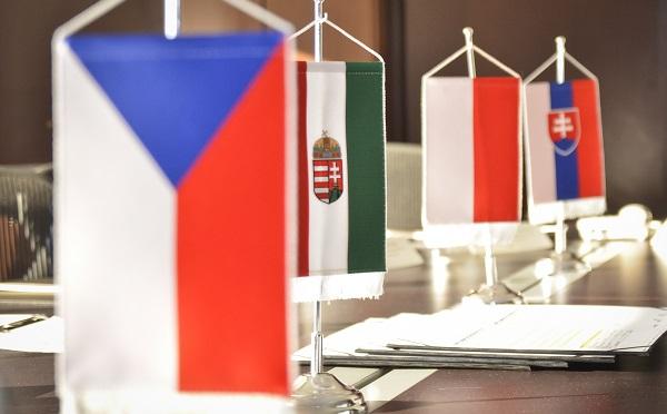 Szijjártó: amikre a júliusban kezdődő magyar V4-elnökség koncentrálni fog