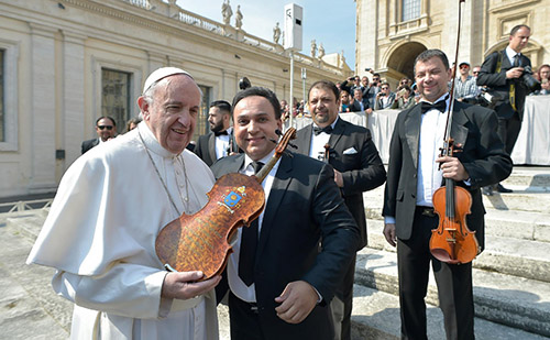 Mága Zoltán a Pápával is találkozott