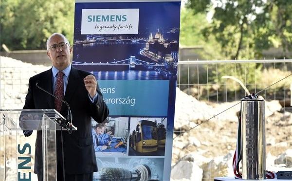 10 milliárd forintból bővül a Siemens Power and Gas budapesti üzeme