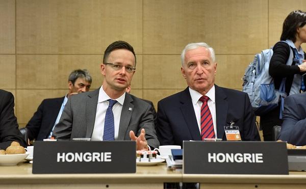 Szijjártó Péter külgazdasági és külügyminiszter és Mikola István biztonságpolitikai és nemzetközi együttműködésért felelős államtitkár a Gazdasági Együttműködési és Fejlesztési Szervezet, az OECD miniszteri értekezletén