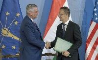 Történelmi jelentőségű magyar-amerikai együttműködési megállapodás