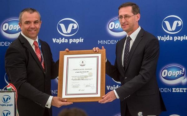 Új üzemet épít a Vajda-Papír Kft. Dunaföldváron, a kormány 4,5 milliárd forinttal támogatja a beruházást