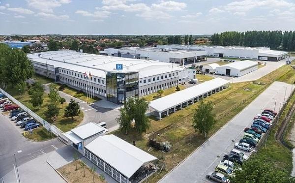 A Hübner-H Gumi- és Műanyagipari Kft. mintegy 3,4 milliárd forint beruházással fejleszti a nyíregyházi üzemét