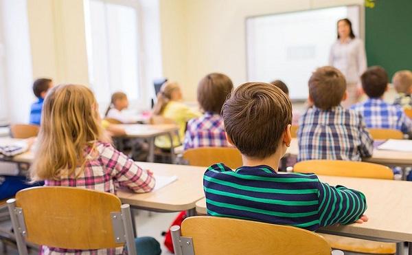 Oktatás és képzés fejlesztésre nyertek 26 milliárdot