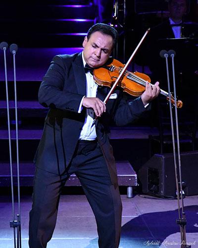 Mága Zoltán - Hegedűvel a világ körül