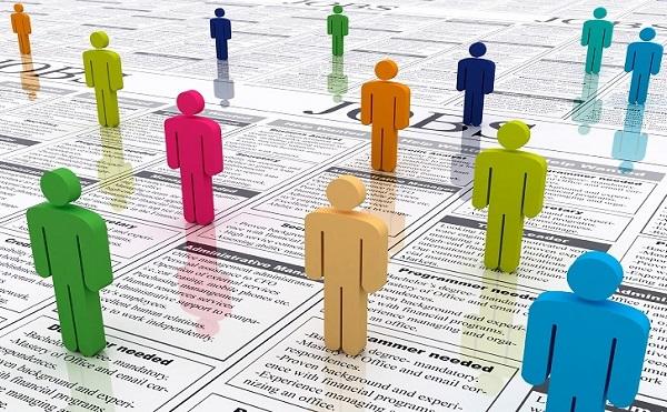 735 ezerrel több embernek van munkája