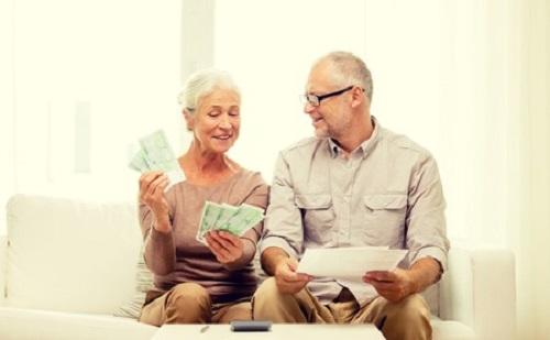 Kezdődik a prémium nyugdíjak kifizetése