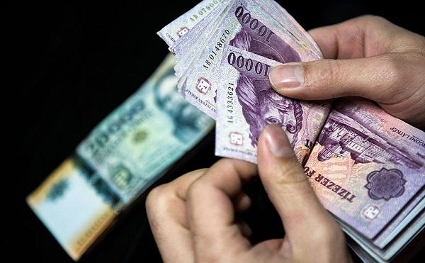 Az állami vállalatoknál dolgozók bére is nő