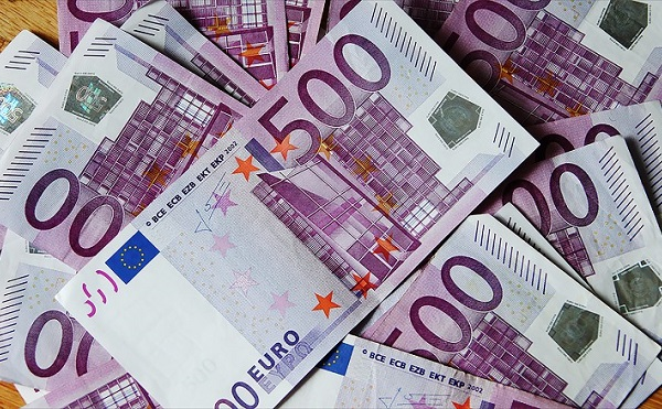 54 kkv fejleszthet uniós forrásból