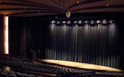 Idén is támogatják a színházakat