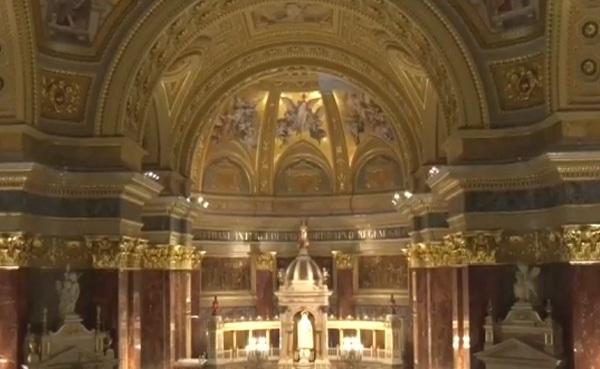 Hazánk legszebb, legjelentősebb egyházi nevezetessége a Szent István Bazilika