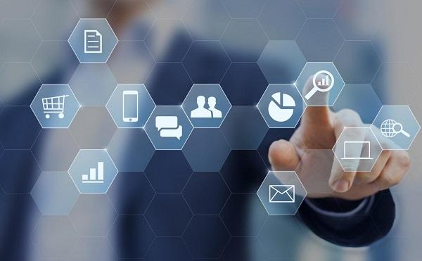 A digitális fejlesztésnek el kell érnie a kkv-szektort is