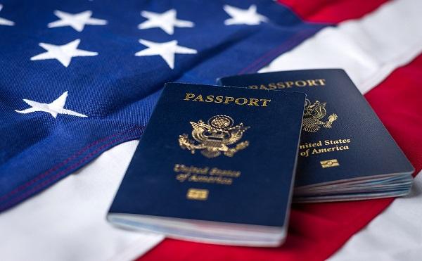 Trump megadná az állampolgárságot az illegális bevándorlóknak