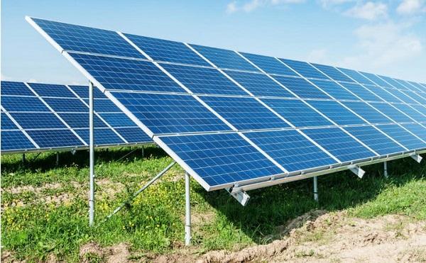 Megépül a hazai legnagyobb naperőműpark