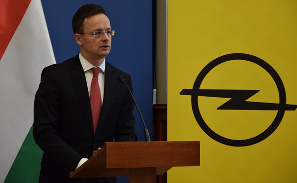 Az Opel tulajdonosváltása nem okoz problémát