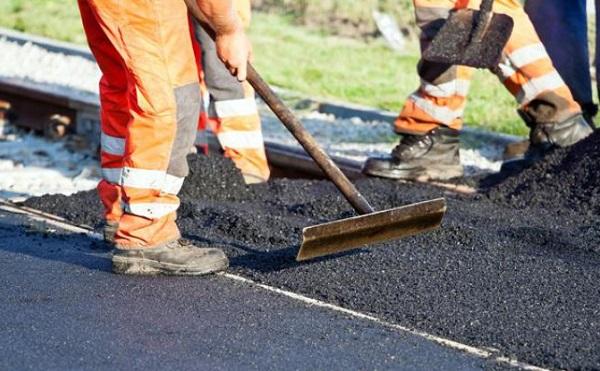 7 milliárd belterületi utak felújítására