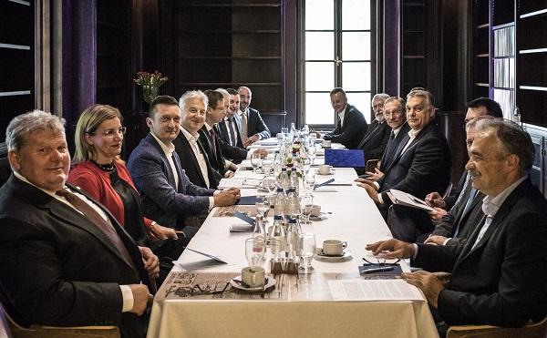 Megtartotta alakuló ülését az új kormány