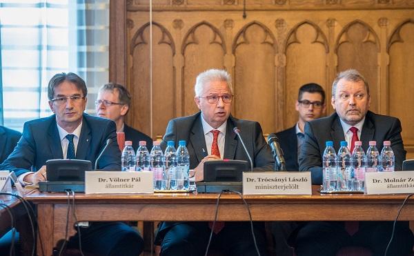 Trócsányi László továbbra is szigorú büntetőpolitikát ígér