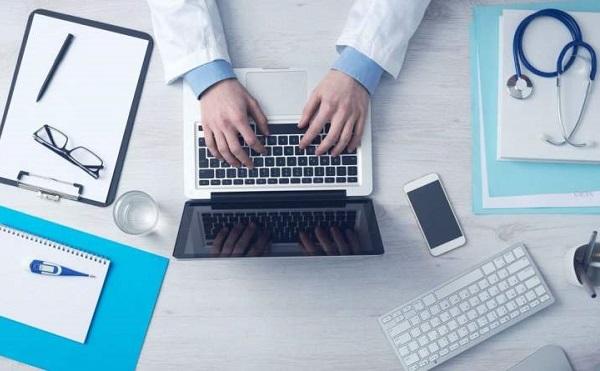 Folytatódik az egészségügyi bérfejlesztés