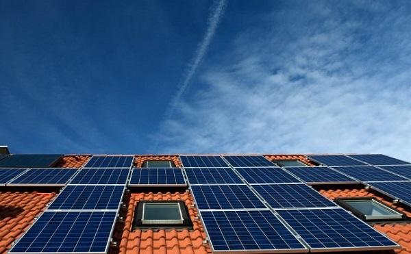 Elindult a Nemzeti Közművek napelem szolgáltatása