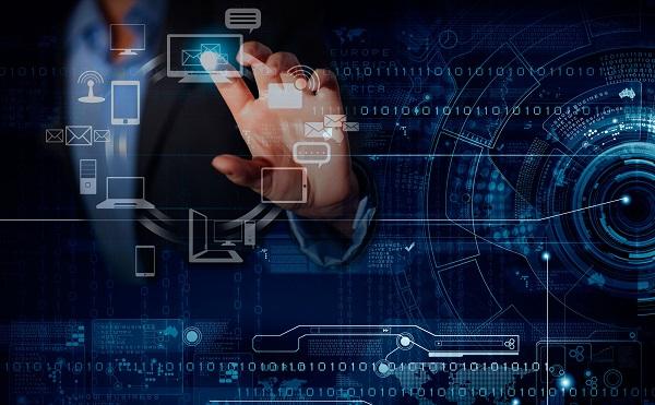 A digitális kihívásokról tárgyalt Palkovics