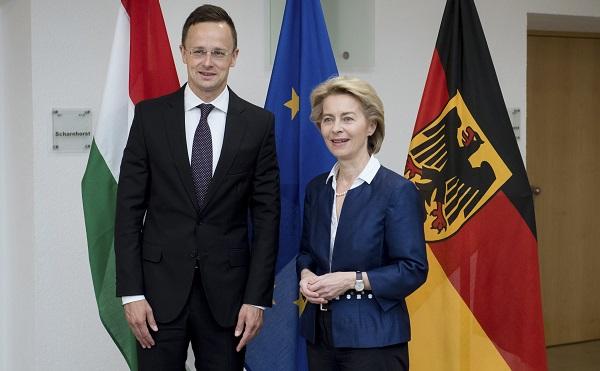 Szoros magyar-német védelmi együttműködés jön létre