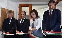 Kormányablakká alakították a nyergesújfalui okmányirodát