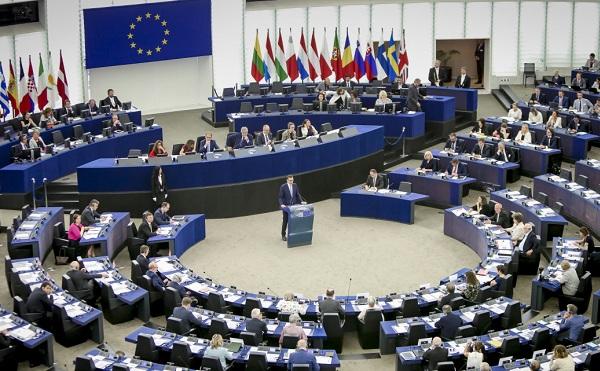 Megszavazták a Sargentini-jelentést