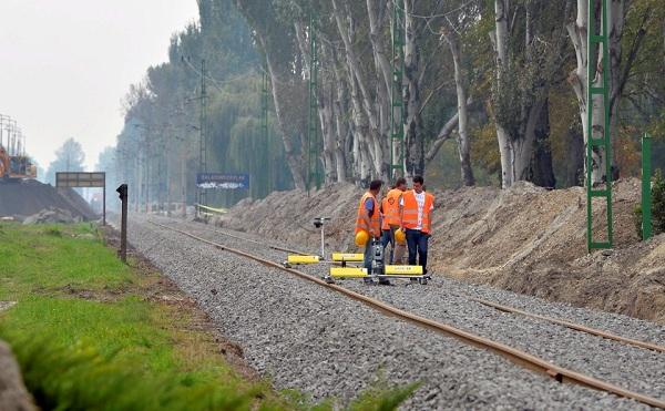 A kötöttpályás közlekedés elsőbbséget élvez a fejlesztésekben