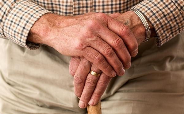 A nyugdíjjal együtt érkezik a prémium