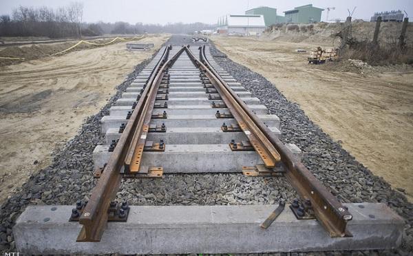 Új vasúti összeköttetést hoznának létre a V4-ek