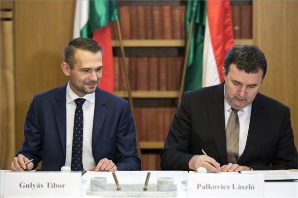 Együttműködési megállapodást kötött az innovációs tárca és a HÖOK