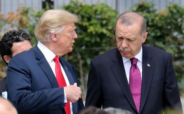Trump egyeztetett a török elnökkel a szíriai csapatkivonásról