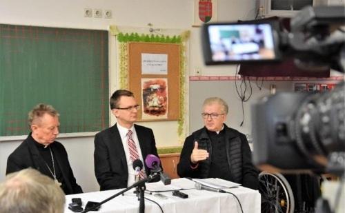 Három zeneművészeti iskola kap beruházás-előkészítő támogatást