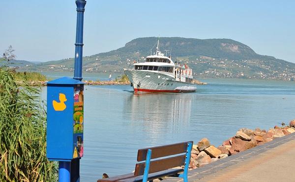 Húsz hajót vásárolt a Mahart a nyaralóhajózási programban