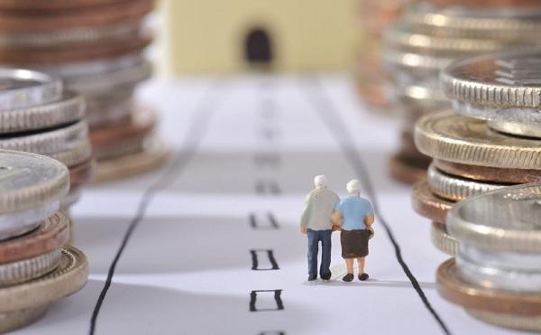 A nyugdíjas munkavállalóknak már nem kell járulékot fizetni