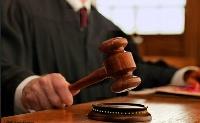Elhalasztotta a közigazgatási bíróságokról szóló törvény hatálybalépését a parlament