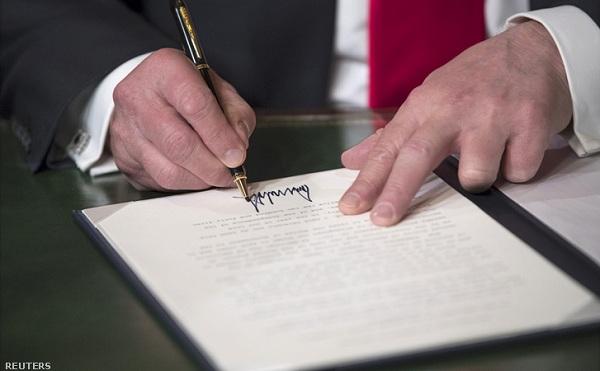 MI kutatásról írt alá rendeletet Trump