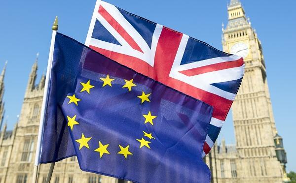 Kezdeményezik a Brexit elhalasztását