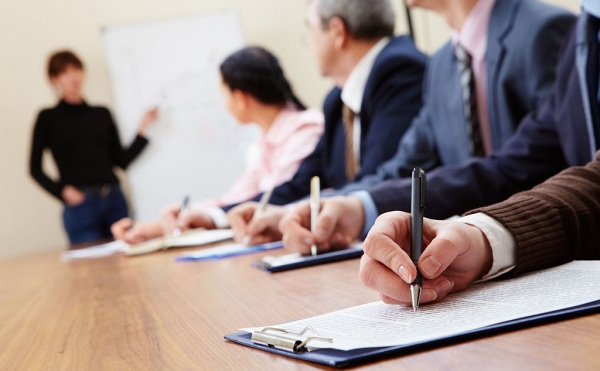 Továbbképzésen vesznek részt állami vezetők
