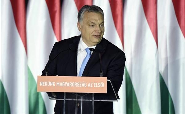 Orbán: mutassuk meg Brüsszelnek május 26-án!