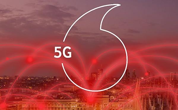5G bázisállomást kapcsoltak be Budapesten