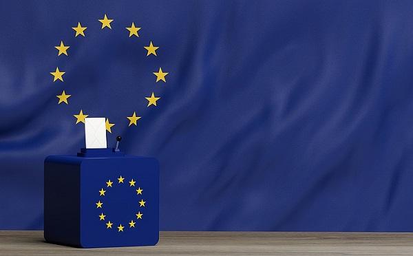 Mintegy négyezer delegáltat jelentettek be a pártok az EP választásra
