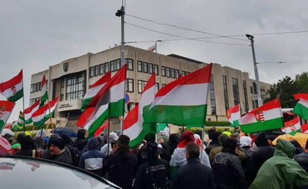 Változtattak az állami jelképekre vonatkozó szlovák törvényen