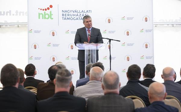Lakatosüzemet létesít a West Hungária Bau