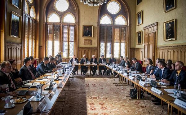 Megalakult a Nemzeti Agrár-tanácsadási Bizottság
