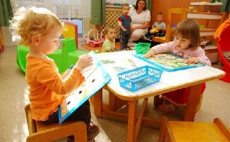 Újabb 2,5 milliárd forint bölcsődefejlesztésre Pest megyében