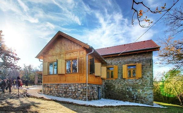 Folytatódik a turistaházak fejlesztése