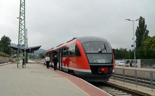 A vasút a közösségi közlekedés gerince